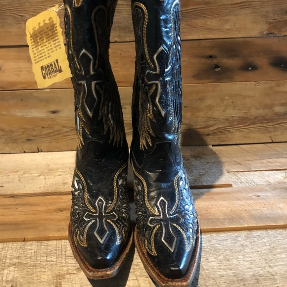 a9af4ee5a73 Corral Cowgirl Boots NWT